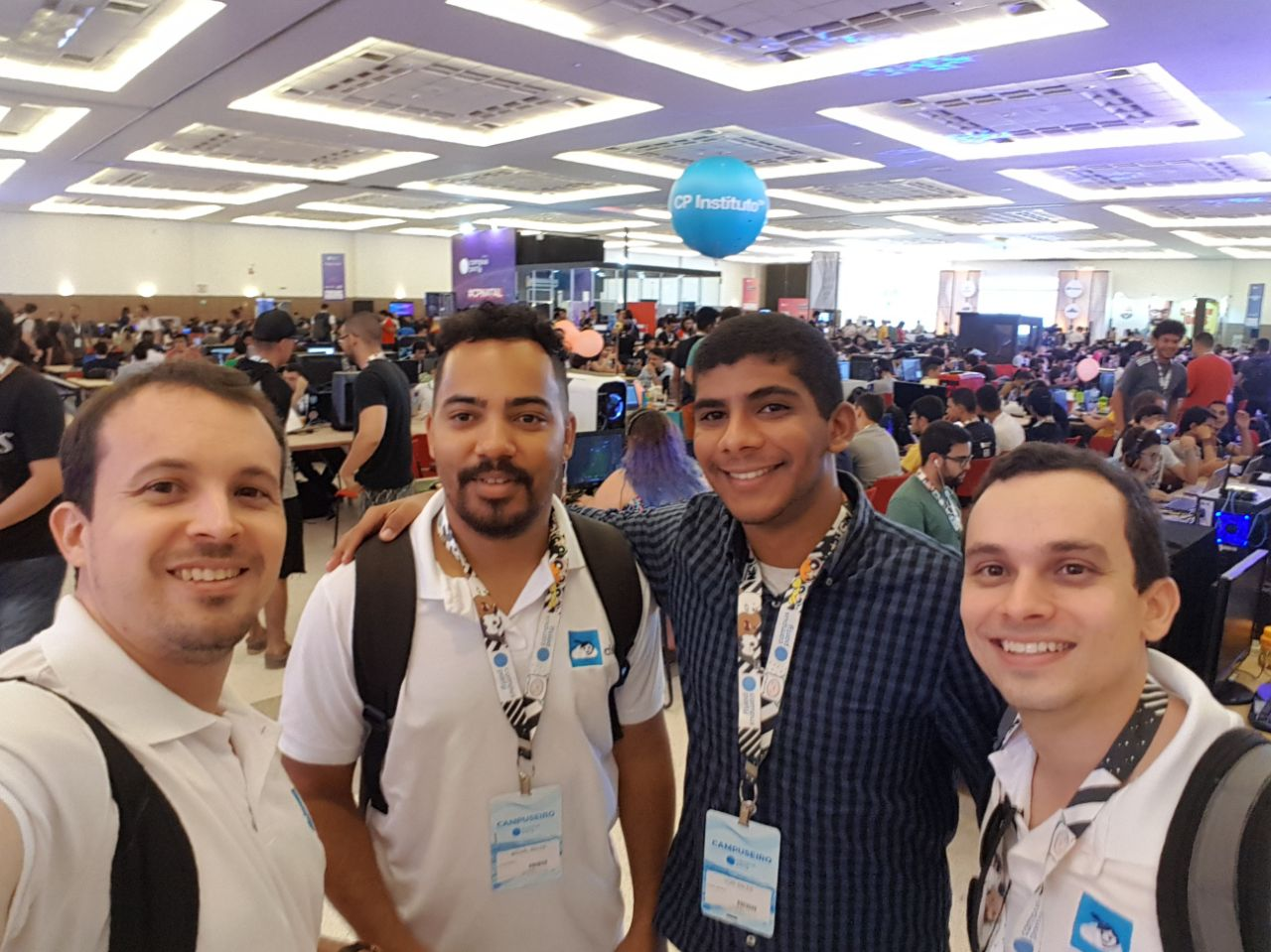Equipe Cloudia na Campus Party Natal 2018